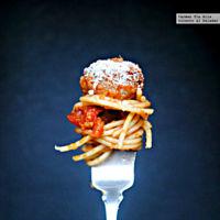 Espaguetis con albóndigas de ternera y berejena. Receta