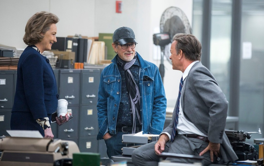 Steven Spielberg con Meryl Streep y Tom Hanks en el rodaje de The Post