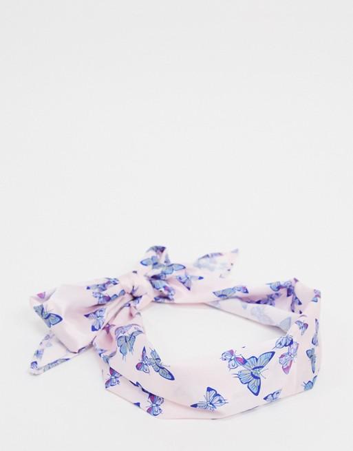 Pañuelo violeta con mariposas de ASOS