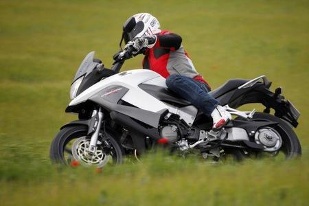 Honda Crossrunner en acción 2