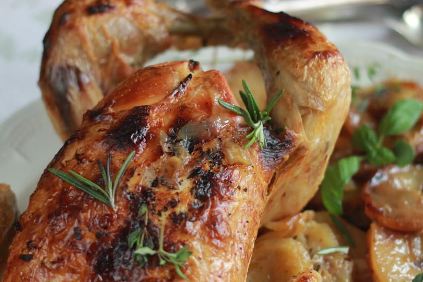 Pollo al horno con finas hierbas