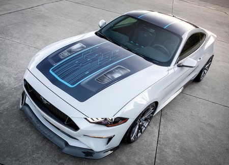 Ford Mustang Lithium Concept 2019 1600 01