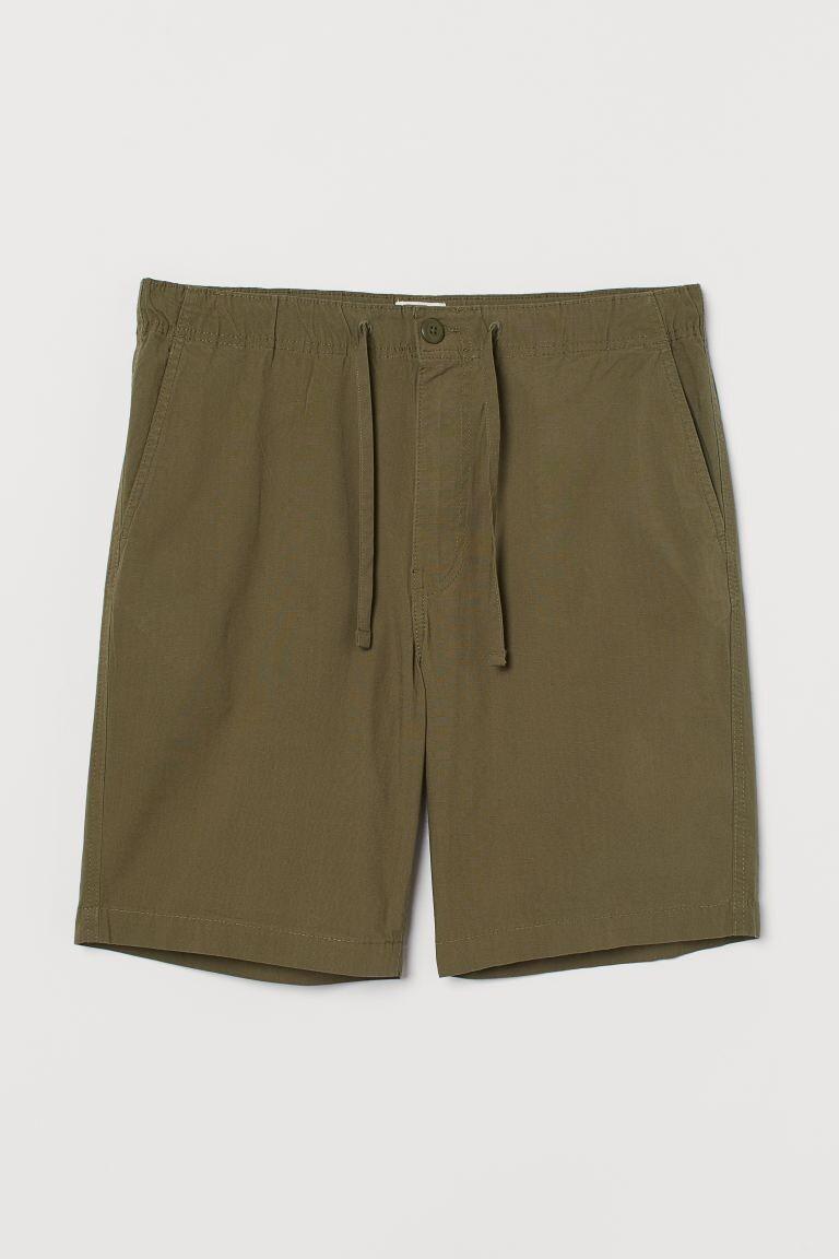 Pantalón corto en algodón color verde khaki