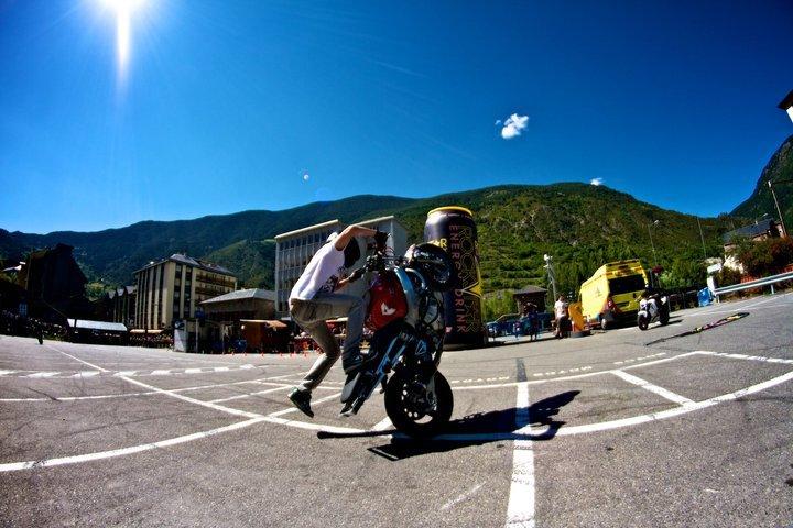 Foto de Éxito del primer campeonato de Freestyle Stunt Riding Encamp 2011 (16/18)