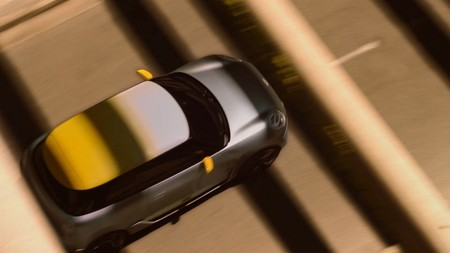 El MINI Electric se deja 'ver' antes de su estreno mundial y BMW abre pedidos anticipados, pero no en España