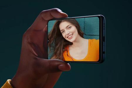OPPO F15: cámara de cuatro lentes, 8 GB de RAM y el lector de huellas bajo la pantalla