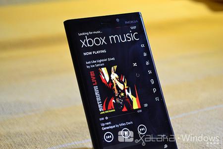 Xbox Music para Windows Phone se actualiza con tiles transparentes y elimina el límite de 100 canciones