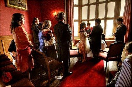 Para asistir a una boda en Francia necesitas dos conjuntos