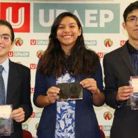 Estudiantes de preparatoria en Puebla desarrollan bioplástico de cáscaras de plátano
