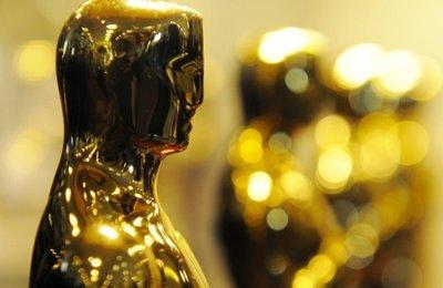 Prepara la celebración de los Oscars con una decoración de cine
