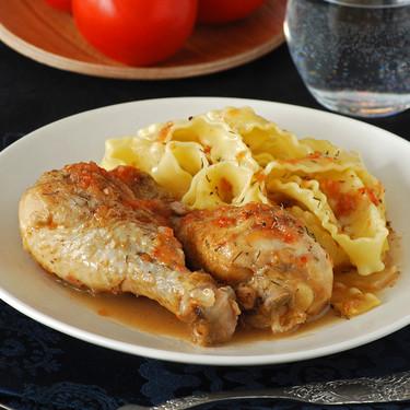 Muslos de pollo al vinagre de Jerez: receta de inspiración francesa
