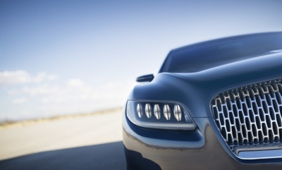 Lincoln Continental, renace una leyenda a manera de Bentley americano
