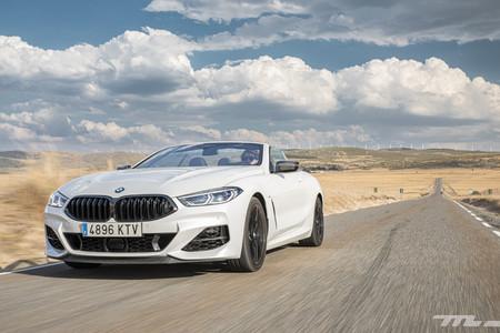 BMW M850i Cabrio delantera lateral