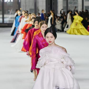 Todos los vestidos que Carolina Herrera ha presentado en Nueva York son inspiración pura en materia de looks de novia e invitada