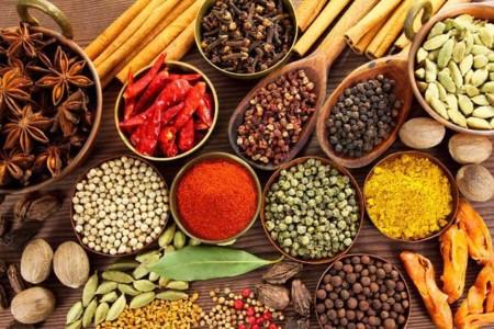 Cuatro buenas razones para consumir m s hierbas y especias for Hierbas para bajar de peso y quemar grasa