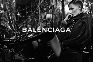 ¡Balenciaga rapa a Gisele Bündchen! La teniente O'Neil le quita otra campaña a Daria Werbowy