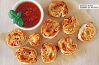 Bocados enrollados de pizza. Receta fácil de aperitivo
