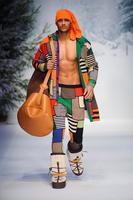 Moschino sí, Moschino no ¿Hay algo de su colección Otoño-Invierno 2015 que nos guste?