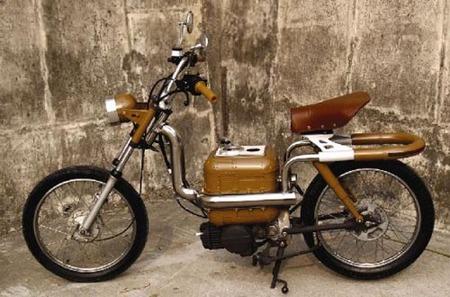 Moto Steampunk híbrida