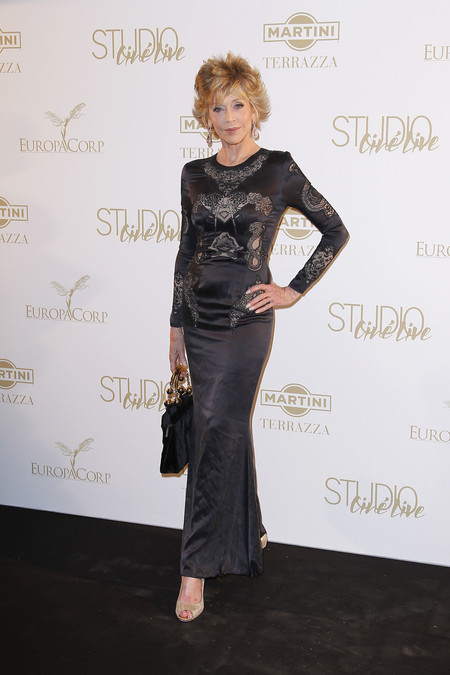 jane fonda looks red carpet 80 cumpleaños