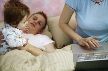 Aumenta el número de excedencias laborales para cuidado de los hijos