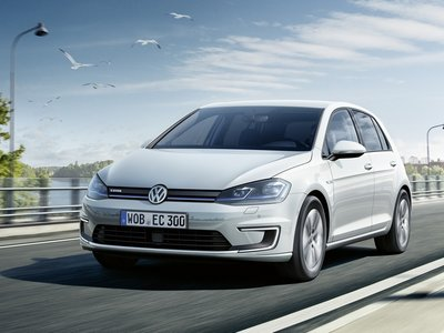 El Volkswagen e-Golf 2017 de 35,8 kWh ya tiene precio en Alemania: 35.900 euros
