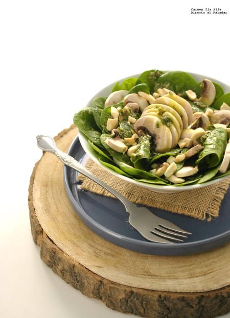 Ensalada de espinacas. Receta vegetariana