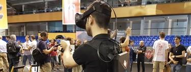 """Así es jugar """"con mochila"""" en realidad virtual gracias al HP Omen X Compact Desktop"""