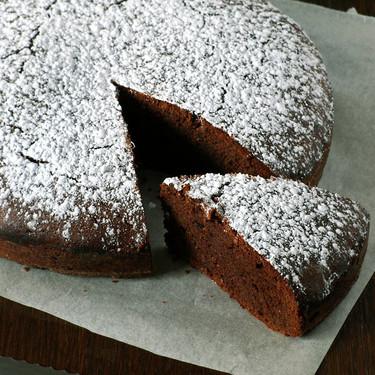 Pastel de chocolate y avellana: receta sin gluten para celebrar el Día del Celíaco