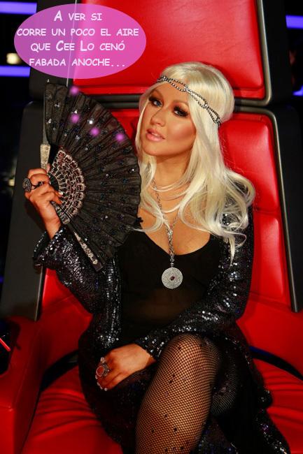 Christina Aguilera aguanta como puede a los pedorros: ¡máscaras de gas, a mí!