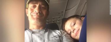 """""""Eres una mamá afortunada"""": el emotivo mensaje a la madre de un niño con autismo, del compañero de vuelo de su hijo"""