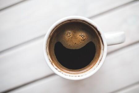 Una taza de cafe por la mañana podría ayudarte a mantener tu hígado saludable