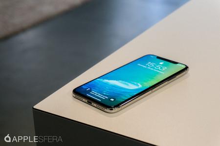Apple estaría planeando lanzar el iPhone más grande de la historia a un precio asequible, según Mark Gurman