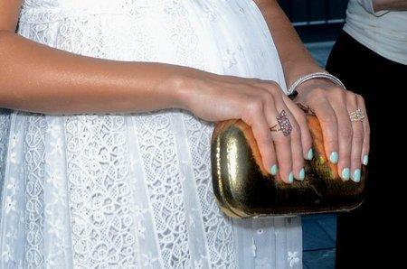 ¿De quién son estas uñas?
