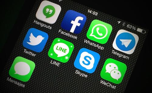 WhatsApp sigue ganando adeptos en España, aunque Facebook Messenger también sube con fuerza