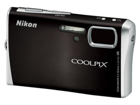 Nikon_CoolPix_S52_.jpg