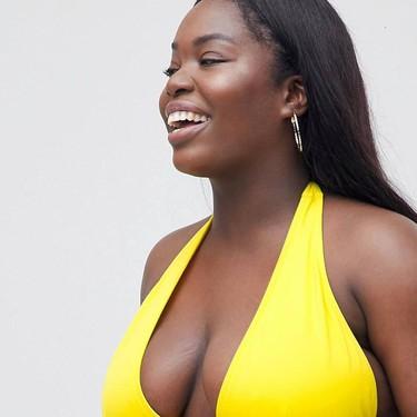 ASOS apuesta por el «body positive» y se gana el aplauso de las redes gracias a una modelo de tallas grandes en bikini