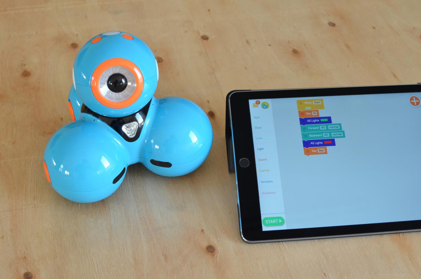 Robots para que los niños aprendan a programar: probamos Dash and Dot