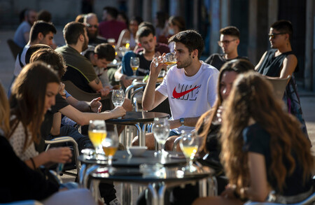 España tiene un melón por abrir: los que pagan a escote vs. los que pagan sólo lo que consumen