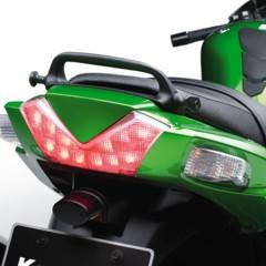 Foto 10 de 15 de la galería nueva-kawasaki-zzr-1400-2012-el-sport-turismo-nunca-muere en Motorpasion Moto