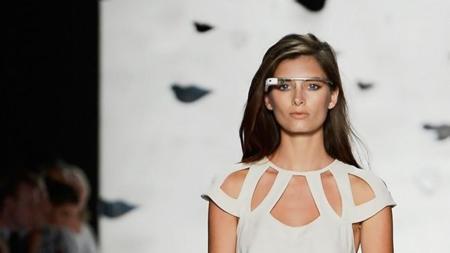 Relacion Tecnologia Y Moda Google glass Diane von Furstenberg desfile