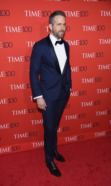 Jonh Legend Ryan Reynolds Time 100 Gala Red Carpet 03