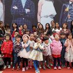 Una madre patea a su hija de tres años y abre el debate sobre la industria de modelos infantiles en China