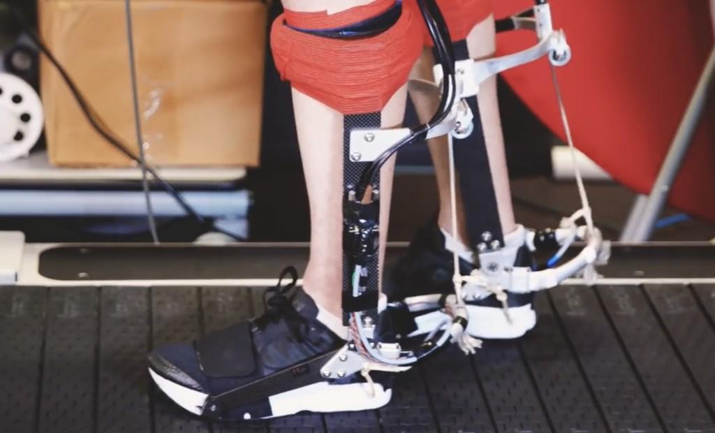 Desarrollan un exoesqueleto para correr que promete reducir el cansancio un 15% y aumentar la velocidad un 10%