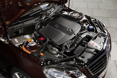 Mercedes e 300 BlueTEC vano motor