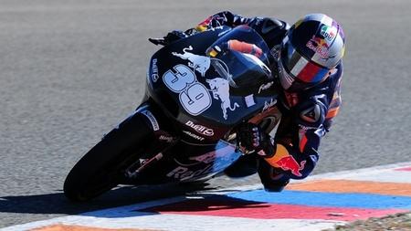 Los chicos KTM de Moto3 pasan unas interesantes jornadas en el circuito de Almería