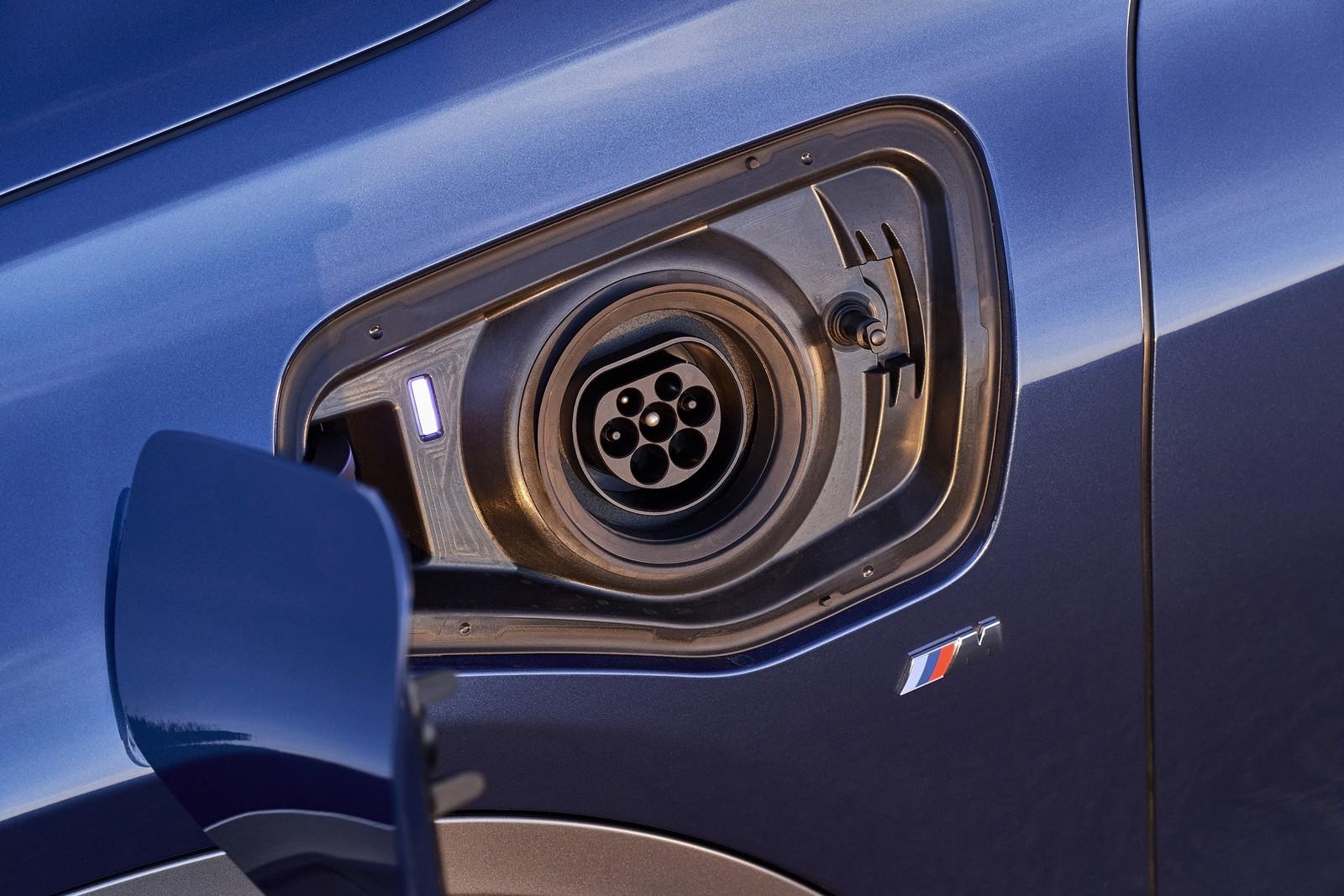 Foto de BMW X2 xDrive25e 2021 (38/53)