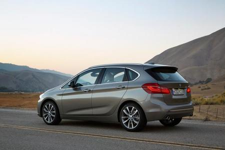 bmw-serie-2-active-tourer-2014-148.jpg