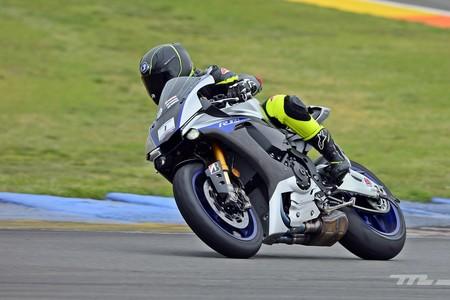 Yamaha Yzf R 2017 009