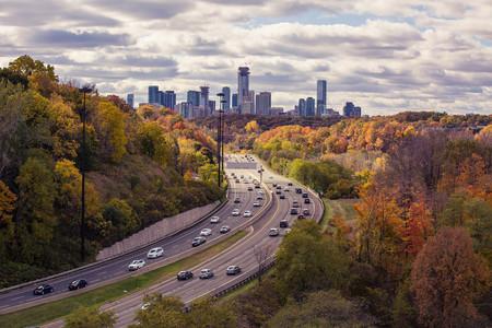 El coche diésel está perseguido en la gran ciudad, pero fuera de ella algunos siguen teniendo sentido
